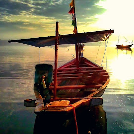 fishing boat by Herry (Himura Kenshin) - Instagram & Mobile Android