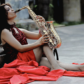 by Hendro Budi - People Musicians & Entertainers