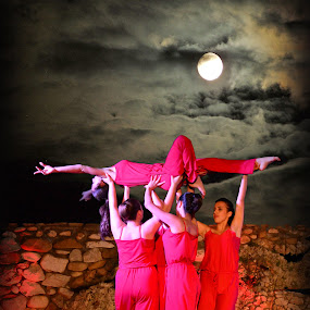 moonlike dance by Jo Polyxromos - People Group/Corporate ( moon, event, greece, people, dance )