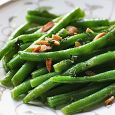 Green Beans with Almonds and Thyme