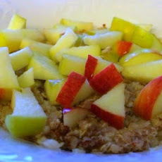 Sugar-Free Apple Pie Breakfast Quinoa