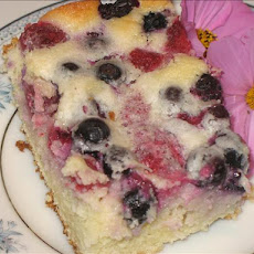 Berry Sour Cream Cake