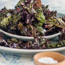 Sea Salt and Black Pepper Kale Chips