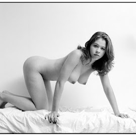 Op bed by Etienne Chalmet - Nudes & Boudoir Artistic Nude ( erotic, girls, sexy, nude, bed, beauty )