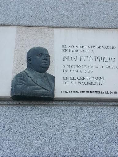 Placa a Indalecio Prieto