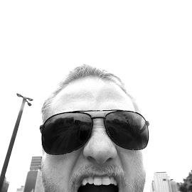 Leon by Damian Searles - Novices Only Street & Candid ( yelling, screem, street, beard, candid, teeth, sunglasses, portrait, man, city )