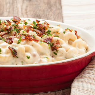 The Best, Creamiest Mac 'n Cheese with Guyere, Cheddar, and Bacon