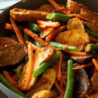 New Potato Rendang & Green Beans