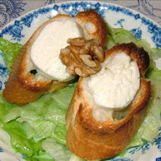Warm Goat's Cheese on Toast and Lettuce