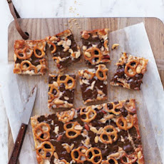 Chocolaty Pretzel-and-Peanut Cookie Bars