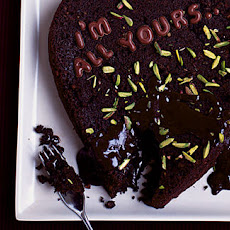 Pistachio And Chocolate Pudding With Chocolate Sauce