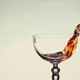 Water Splash 22 by Hasnain Rizvi - Food & Drink Alcohol & Drinks ( splash, splash photography, splash water photography )