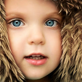 Eyes by Lucia STA - Babies & Children Child Portraits