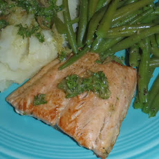 Panfried Salmon, Garlic Mash and Green Beans