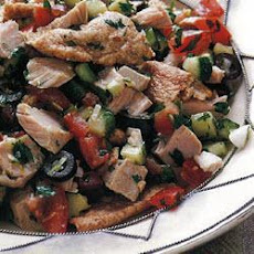 Tunisian Fattoush With Tuna