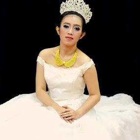 Bride... by Dwi Ratna Miranti - Wedding Bride
