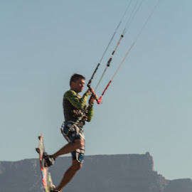 Almost over Table Mountain, next time the moon by Mariana Visser - Sports & Fitness Surfing
