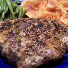 Simple Rosemary Rubbed Pork Chops