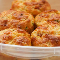 Cottage Cheese and Egg Breakfast Muffins with Ham and Cheddar