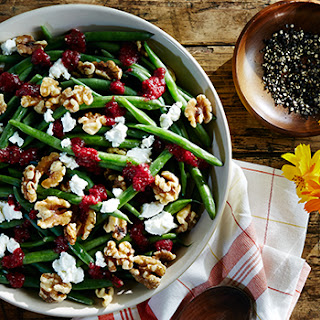 Haricots Verts with Walnuts, Goat Cheese and Cranberry Vinaigrette