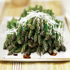 Grilled Asparagus with Balsamic Vinaigrette