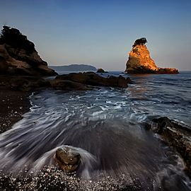 the motion by Nyoman Sundra - Landscapes Sunsets & Sunrises ( water, tomiura, beach, landscape, motion, chiba )