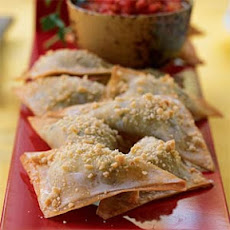 Herbed Ricotta Won Tons with Spicy Tomato Sauce