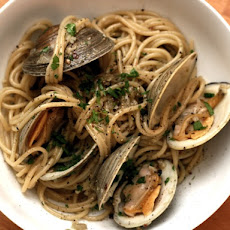 Dinner Tonight: Pasta alla Vongole