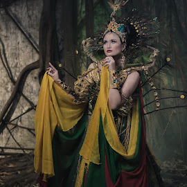 High Couture by Eko Probo D Warpani - People Fashion ( girls, fashion, photograph, art, beautiful, nikkor, jakarta, beauty in nature, beauty, photo, photography, colour, girl, color, modeling, couture, photographer, kota tua, fashion photography, nikon )