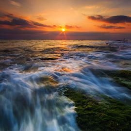 Sunshine over wave by Budi Astawa - Landscapes Sunsets & Sunrises ( bali, cupel, sunset, wave, jembrana, negara )