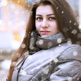 Snow girl  by Ивайло Цветанов - People Portraits of Women ( girls, 2015, snow, portrate )