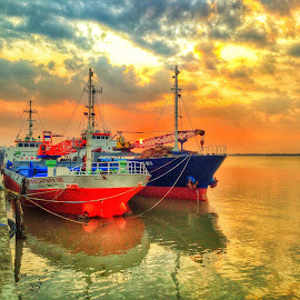 HDR by Ugie' Libra - Instagram & Mobile iPhone
