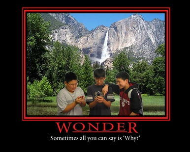 wonder - present for the leaders from the youth