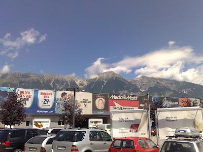El centro comercial DEZ, visto desde el IKEA