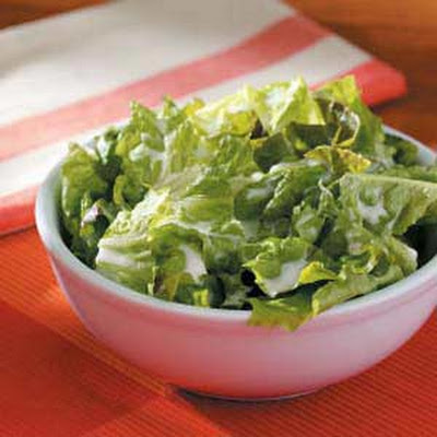 Lettuce with Buttermilk Dressing