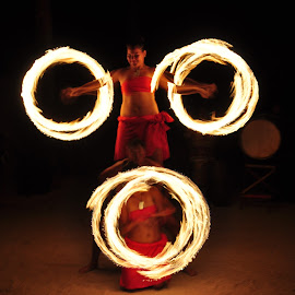 Fire Poi, Rarotonga, The Cook Islands by Daryl Bowen - People Musicians & Entertainers ( the cook islands, fire poi, rarotonga,  )