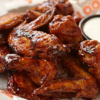 Hooter's Irresistible Daytona Wings