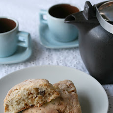 Toffee-Date Scones