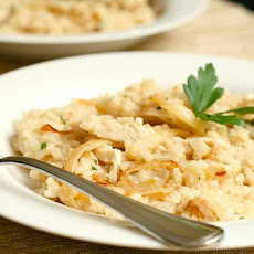 Herbed Risotto with Chicken and Caramelized Onions