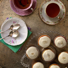 Chamomile Cupcakes with Honey Glaze