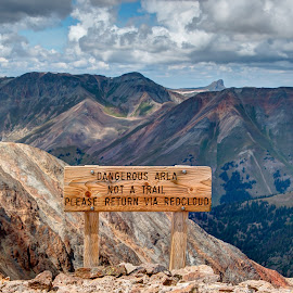 Sign between Sunshine & Redcloud Peaks by Max Moorman - Artistic Objects Signs