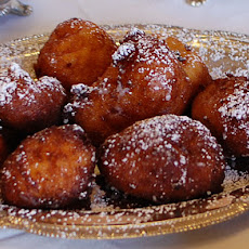 Lemon-Ricotta Fritters with Lemon Curd