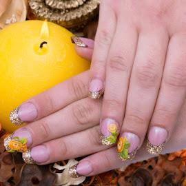 Hand nails for the coming holiday season by Mogyorosi Stefan - People Body Art/Tattoos ( nail polish, christmas, nails, glitter, nail art )