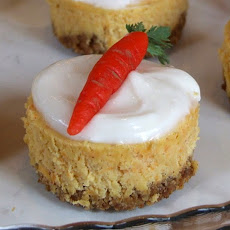 Mini Carrot Cake Cheesecakes w/ Cream Cheese Icing