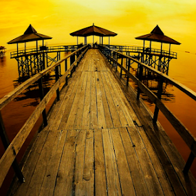 morning glory by Ragil Setio Pranowo - Landscapes Waterscapes ( calm, peace, morning glory, sea, pier, ocean, yellow, beach, landscape )