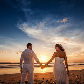 Sunset Wedding by Rah Juan - Wedding Bride & Groom ( water, bali wedding photo, weddings, wedding, bali photo service, bali photographer, wedding photographer, bride, marriage, groom, bali natural photoworks, bali wedding, blue, orange. color )