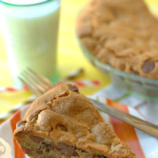 Deep Dish Peanut Butter Chocolate Chip Pie