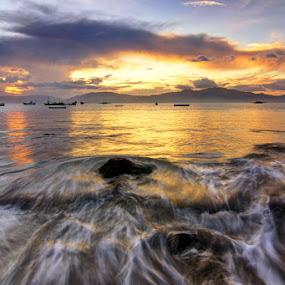 Pantai Hu'u by Erwan Setyawan - Landscapes Beaches ( pantai, hu'u, dompu )