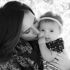 Aspens, Mommy and Me by Kellie Jones - People Family
