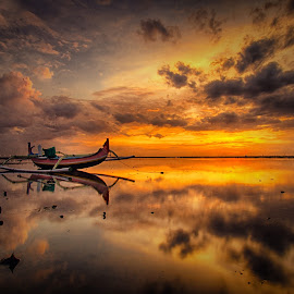 cloudy morning by Rizki Mahendra - Landscapes Sunsets & Sunrises